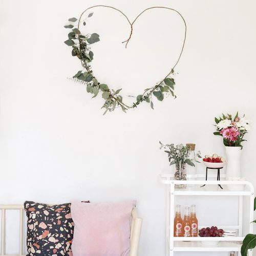 DIY Greenery Heart @themerrythought