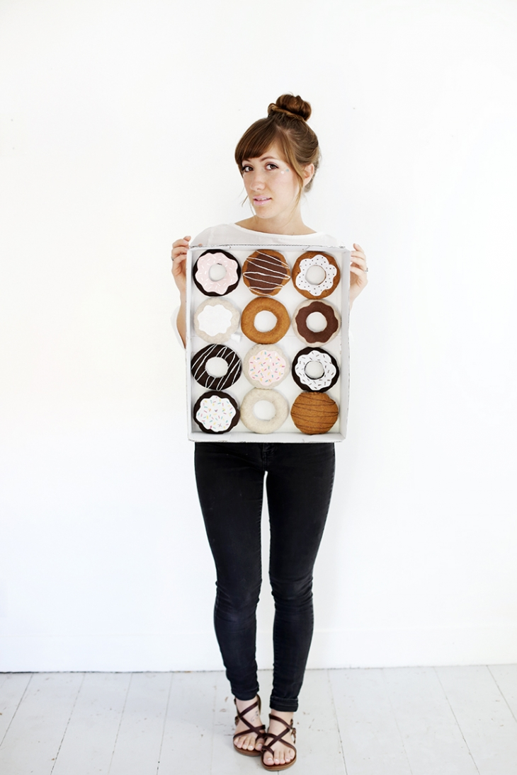 DIY Dozen Donuts Costume @themerrythought