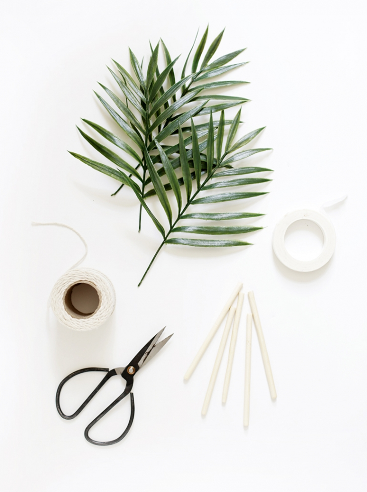 DIY Palm Drink Stirrers @themerrythought