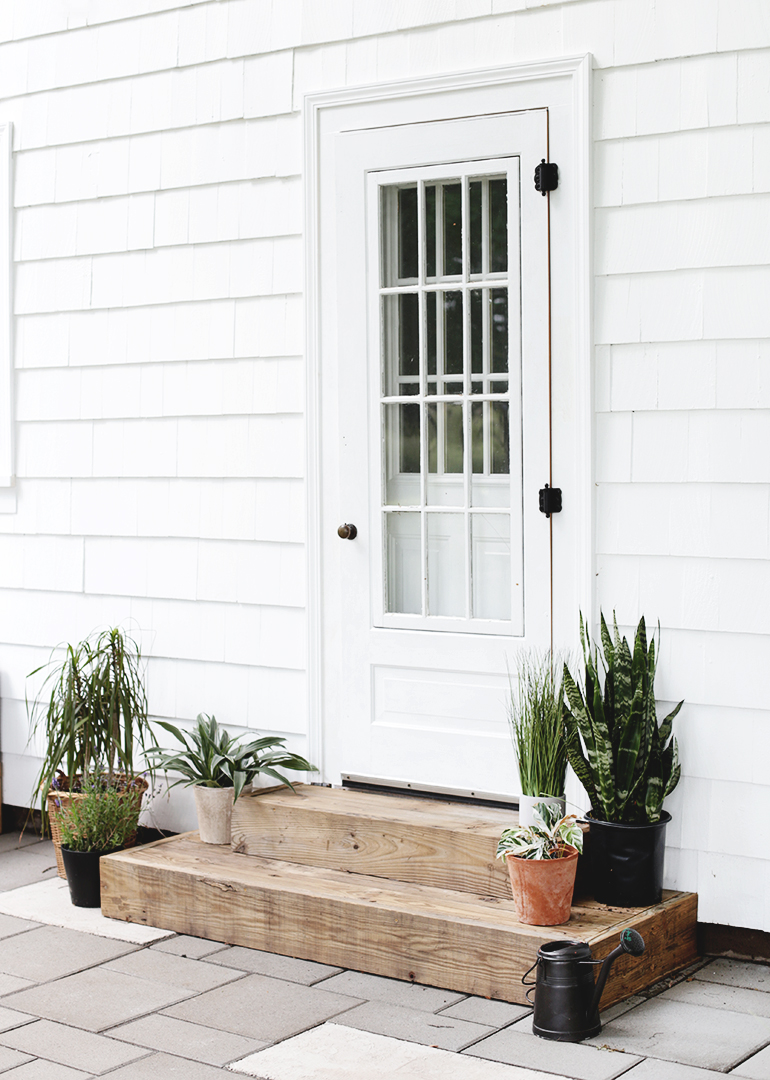 DIY Outdoor Wood Steps @themerrythought