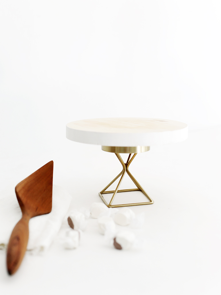 Target Cake Stand