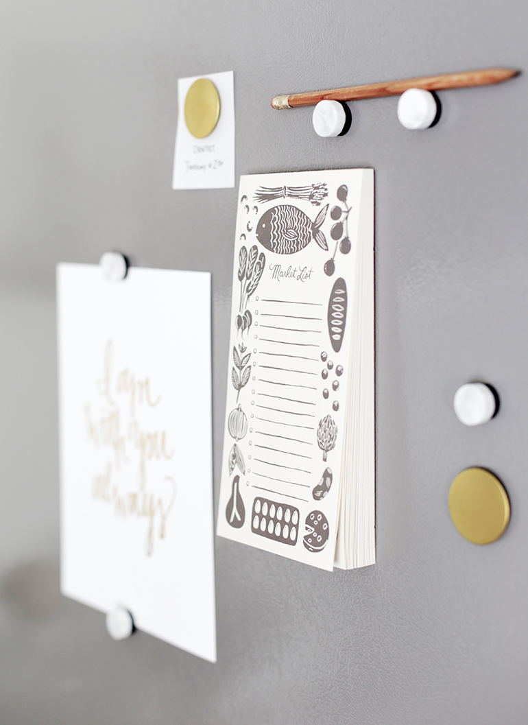 DIY Marble Magnets @themerrythought