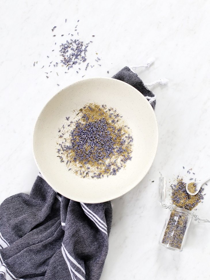 DIY: How to do an Herbal Facial Steam @themerrythought