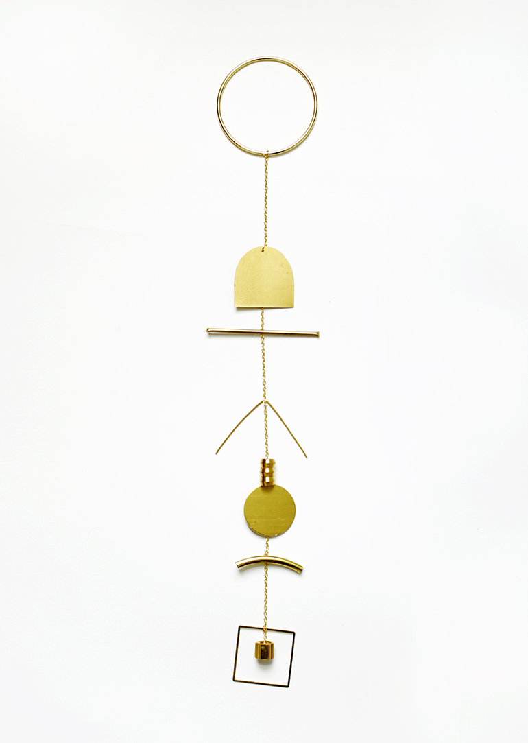 DIY Brass Wall Hanging @themerrythought