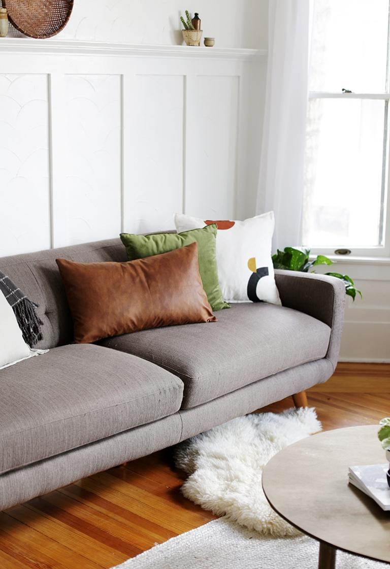 DIY Faux Leather Lumbar Pillow @themerrythought