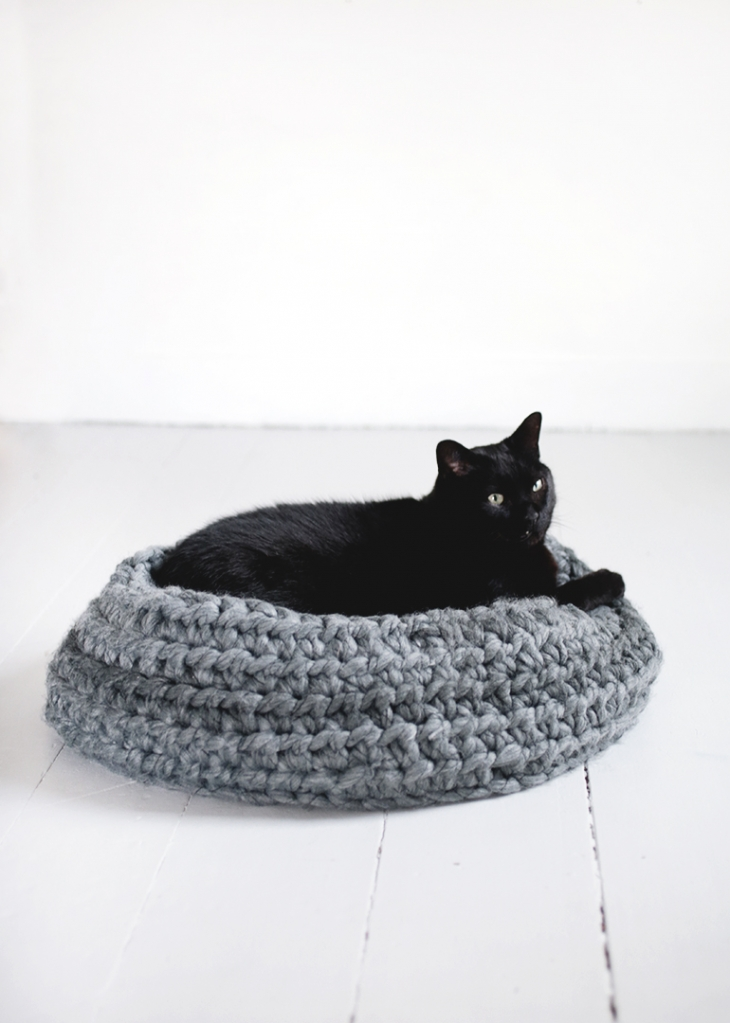 diy crochet cat bed  themerrythought diy crochet cat bed    the merrythought  rh   themerrythought