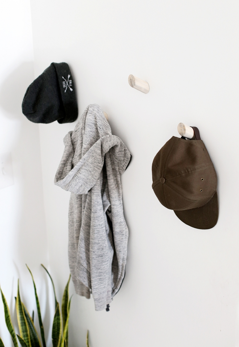Diy Dowel Wall Hooks The Merrythought