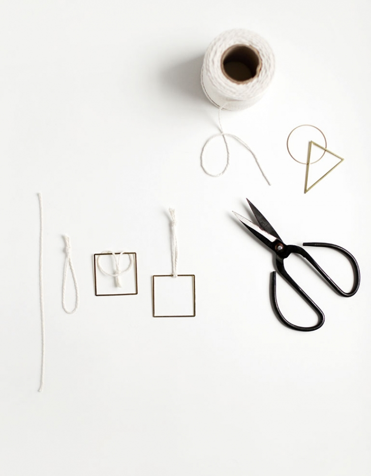 DIY Geometric Ornaments @themerrythought