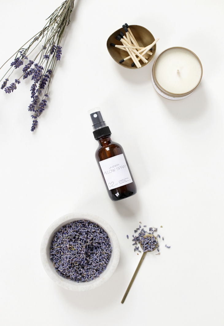 DIY Lavender Pillow Spray @themerrythought
