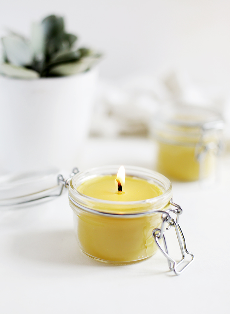 DIY Beeswax & Coconut Oil Candles - The Merrythought