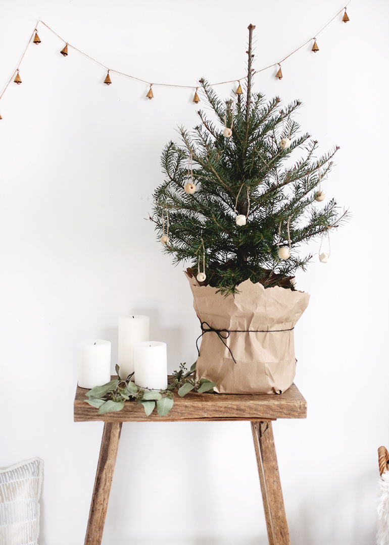 Christmas Tree Board Decoration Ideas