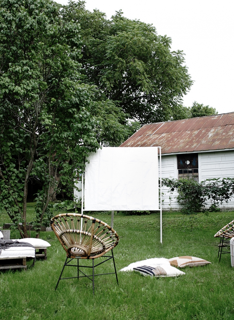 Diy Outdoor Movie Screen The Merrythought