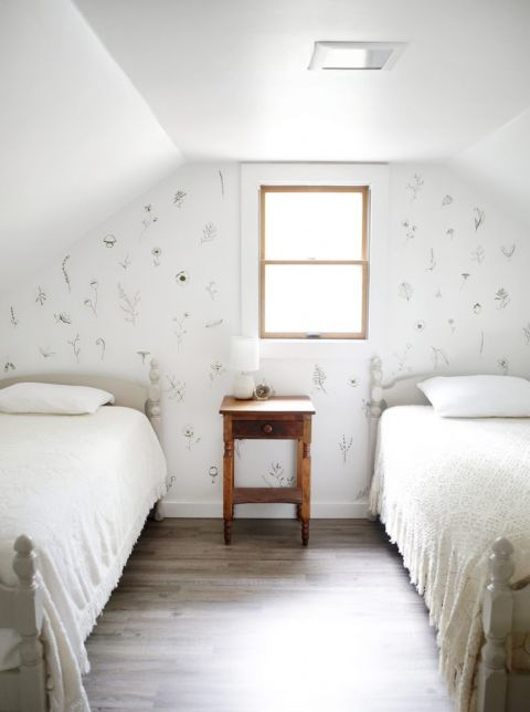 Kids Room Makeover With Floral Accent Wall The Merrythought
