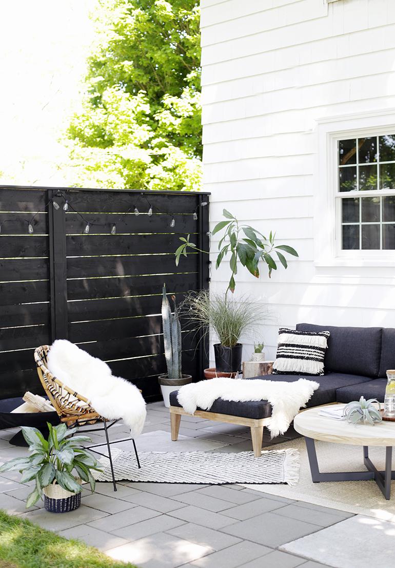Modern Patio Reveal - The Merrythought on Modern Backyard Patio id=13499