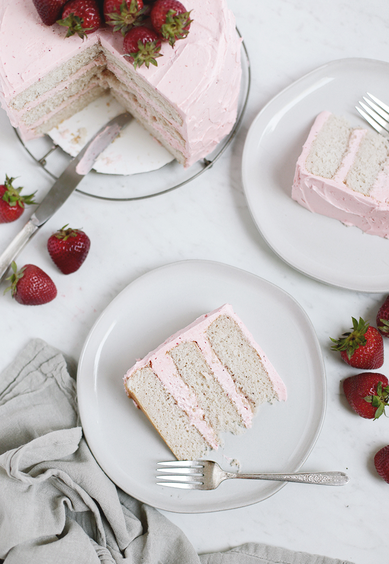 Strawberry Cake @themerrythought