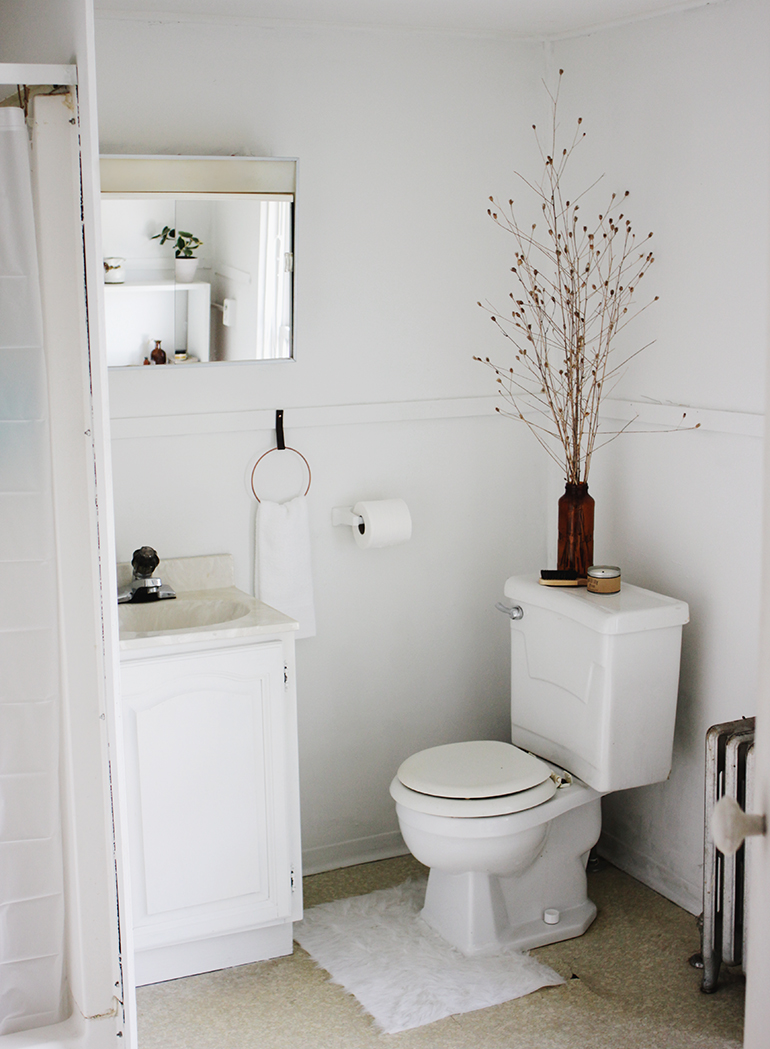 Bathroom Makeovers For Renters apartment bathroom makeover » the merrythought