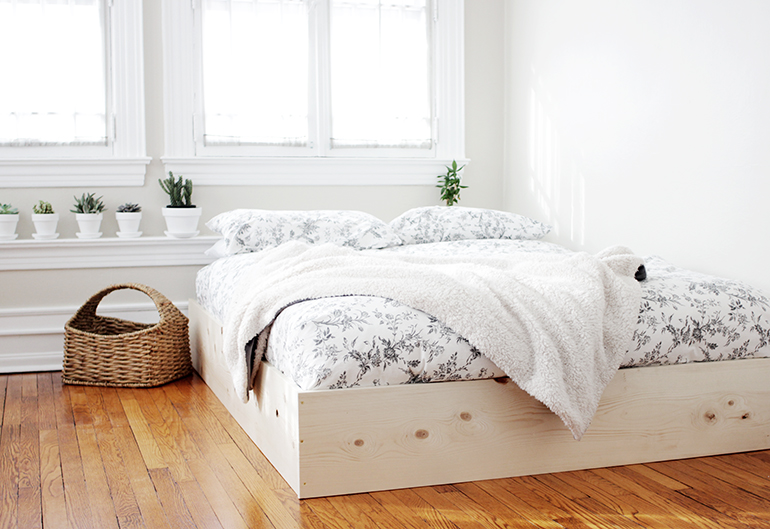 diy simple bedframe themerrythought