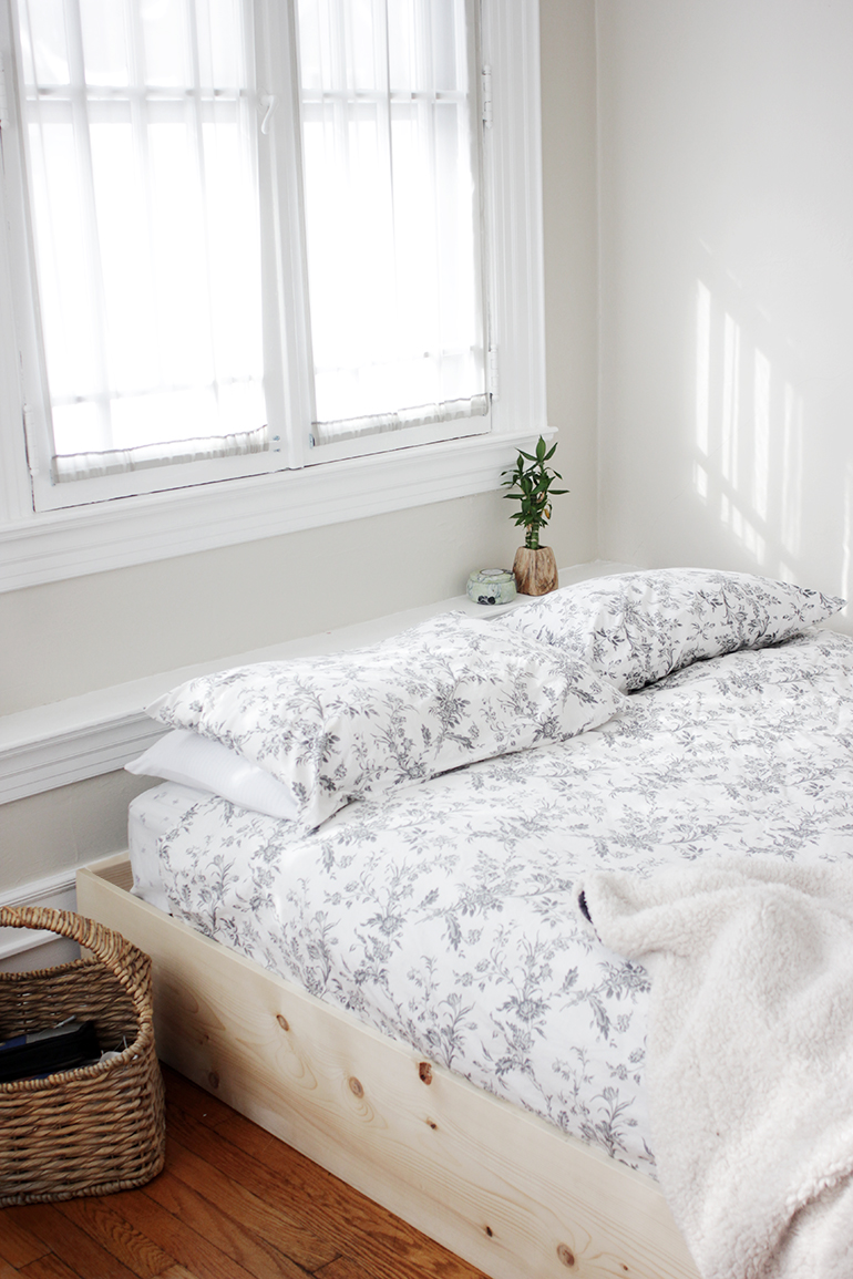 Diy simple bed frame » the merrythought
