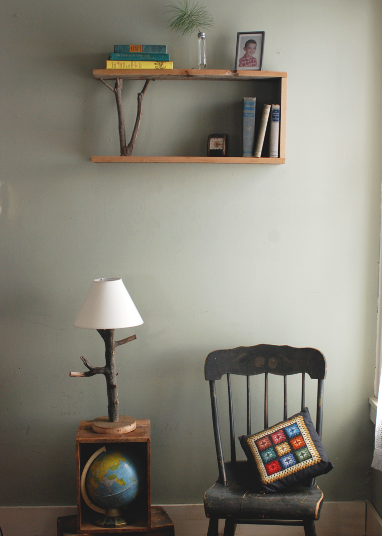 Genial DIY Branch Table Lamp @themerrythought