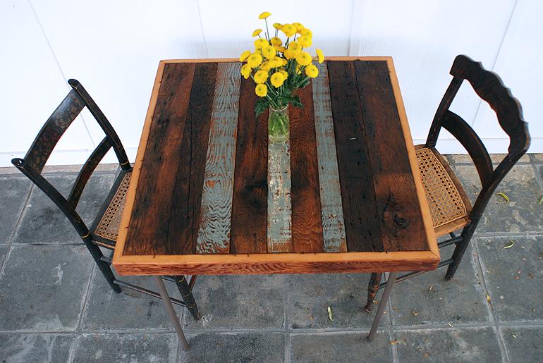 Table à cartes avec Makeoverthemerrythought bois récupéré