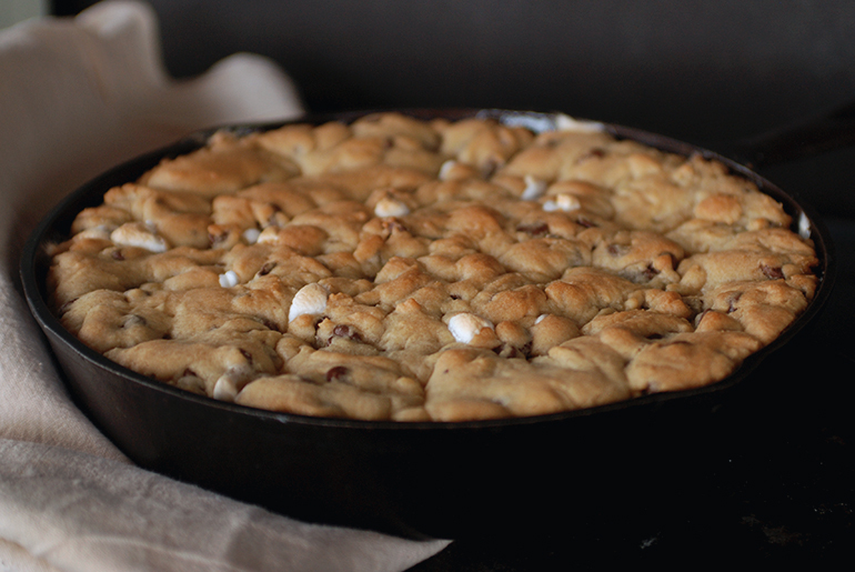 Chocolate Chip Peanut Butter S'mores Skillet Cookie @themerrythought