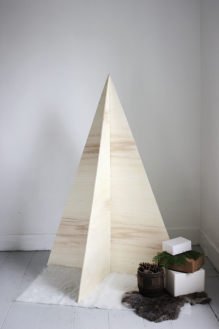 diy plywood christmas tree the merrythought
