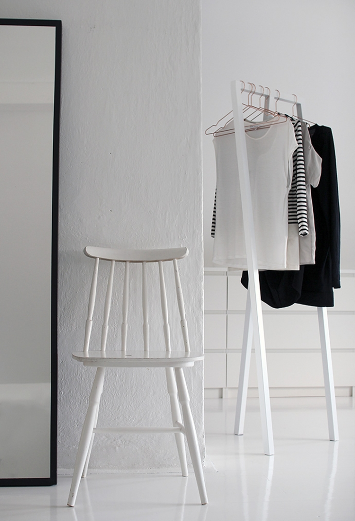 Minimal Closet Inspiration @themerrythought
