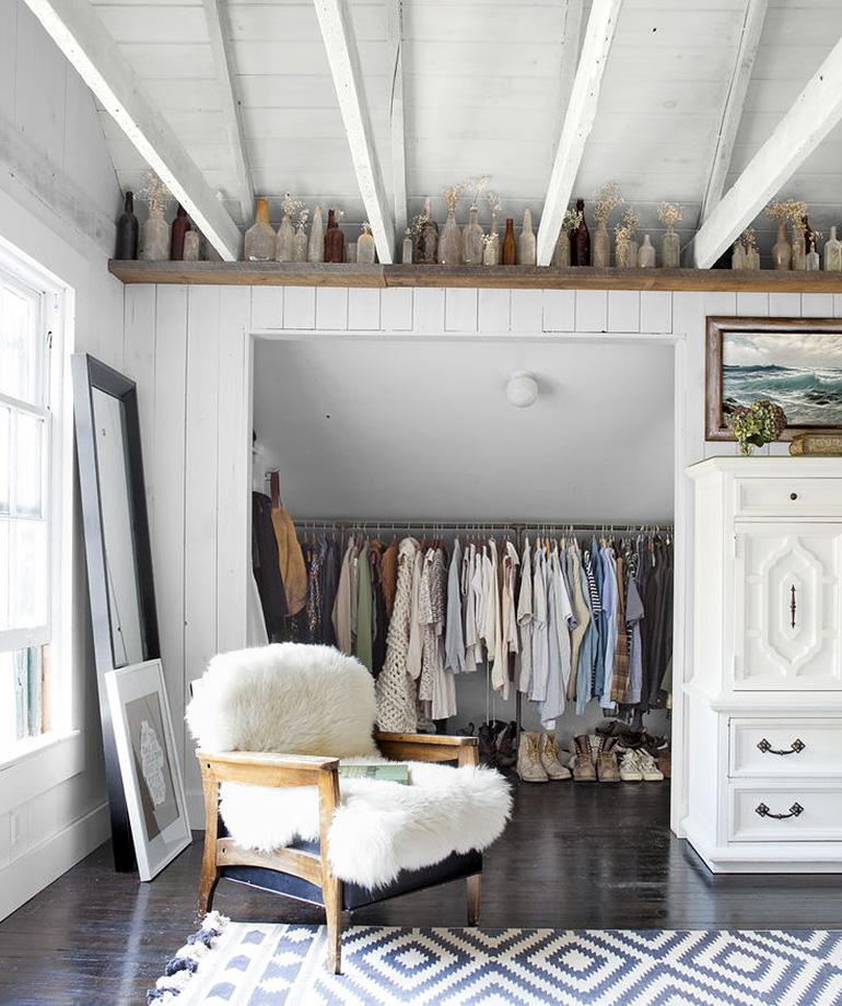 Minimal Closet Inspiration @themerrythought Minimal Closet Inspiration  @themerrythought ...