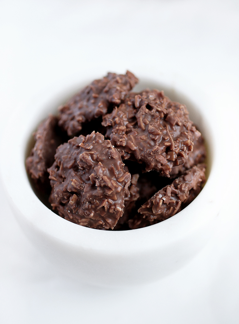 Chocolate Coconut Clusters @themerrythought
