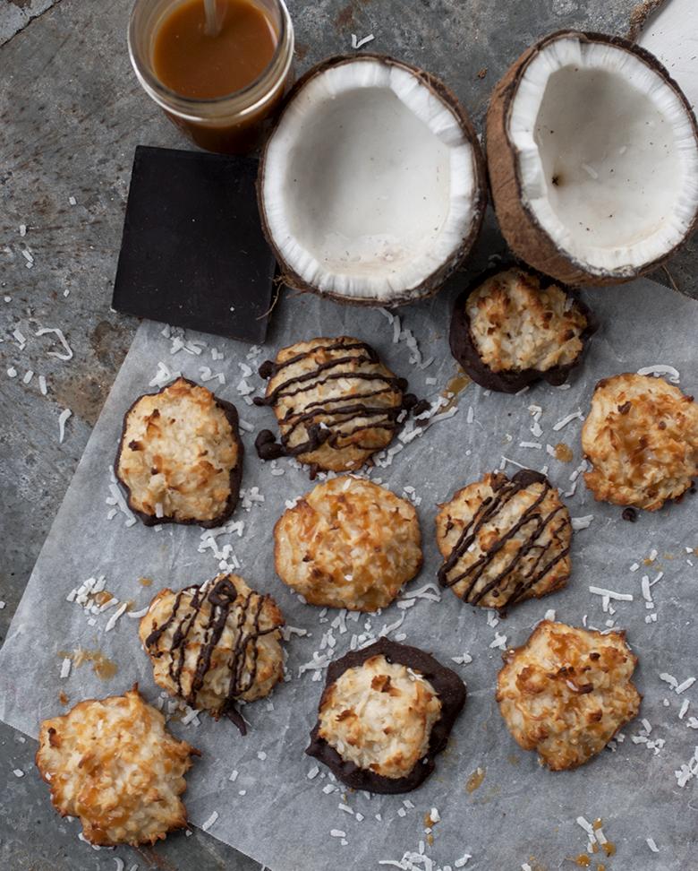 Coconut-Macaroon Sundaes Recipe — Dishmaps