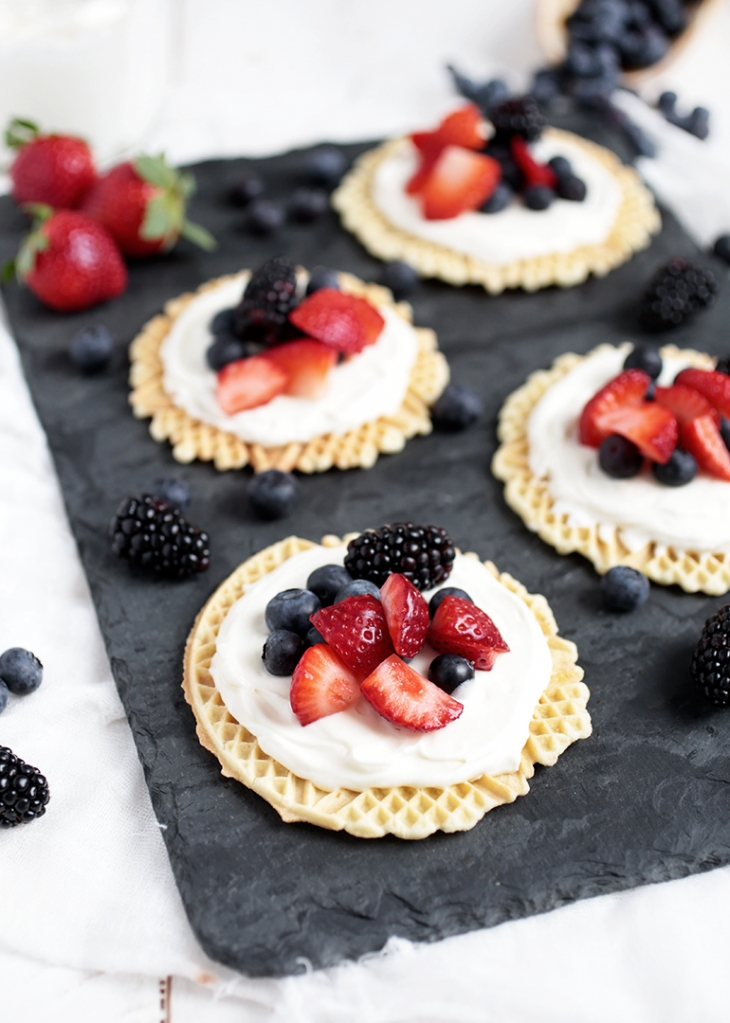 Creamy Fruit Pizzelles @themerrythought