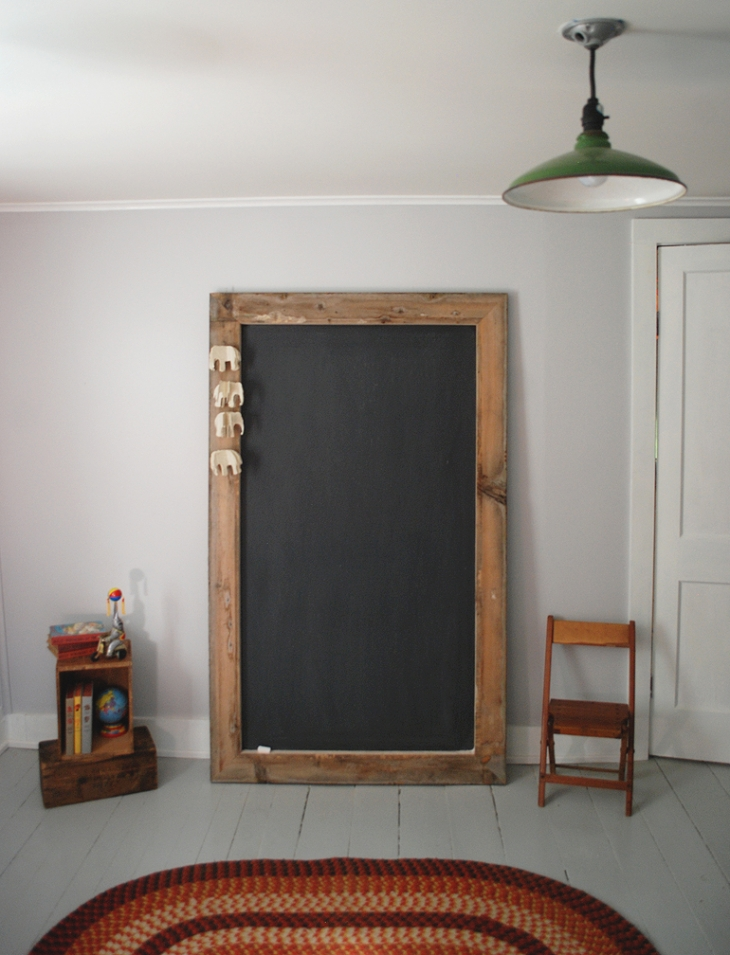 DIY Giant Chalkboard | The Merrythought