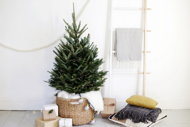 Basket Tree Skirt @themerrythought