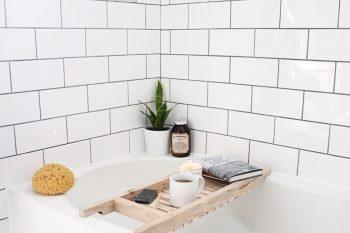 DIY Bathtub Caddy @themerrythought