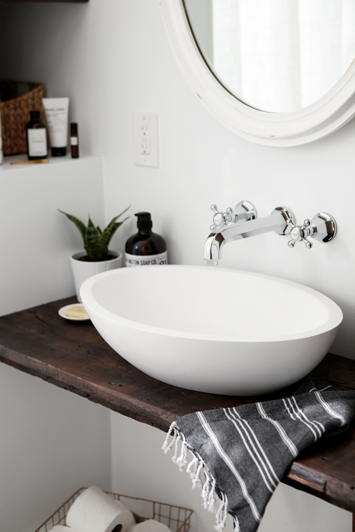 DIY Floating Sink Shelf @themerrythought