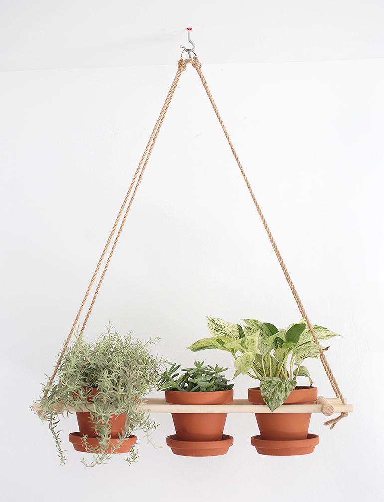 diy hanging planter the merrythought. Black Bedroom Furniture Sets. Home Design Ideas