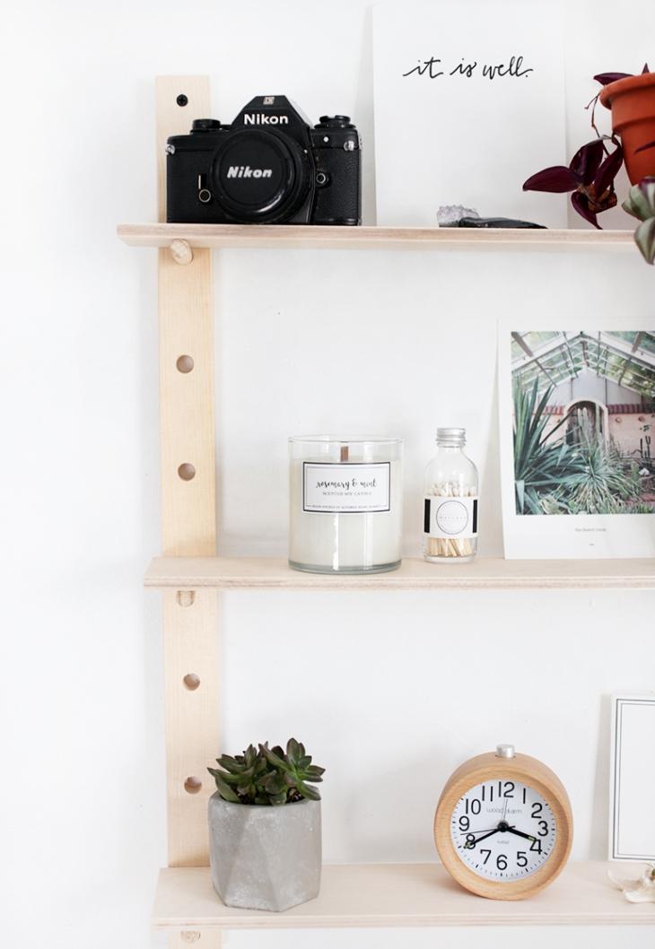 DIY Peg Shelf @themerrythought
