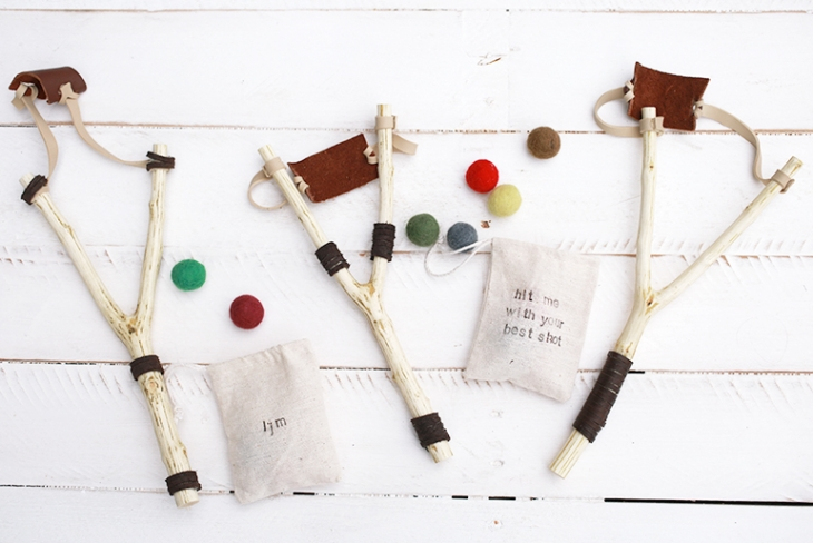 DIY Toy Slingshot @themerrythought