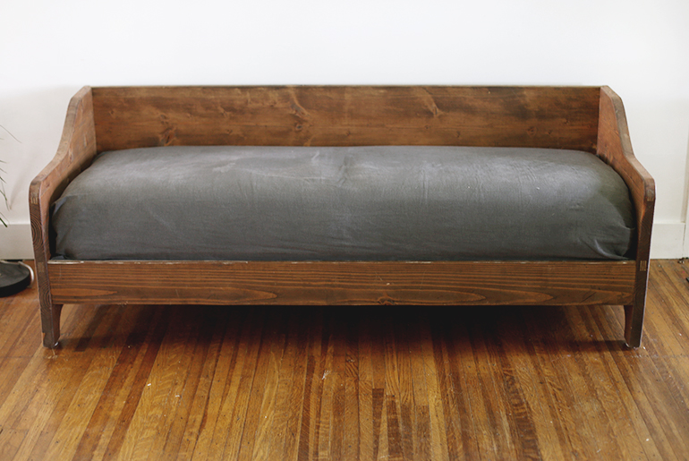 An amount of money changes by full cover ring sofa wooden sofa -3P sofa  -SPOKE-LS net shop-limited original setting  material of the Japanese oak  materials ...