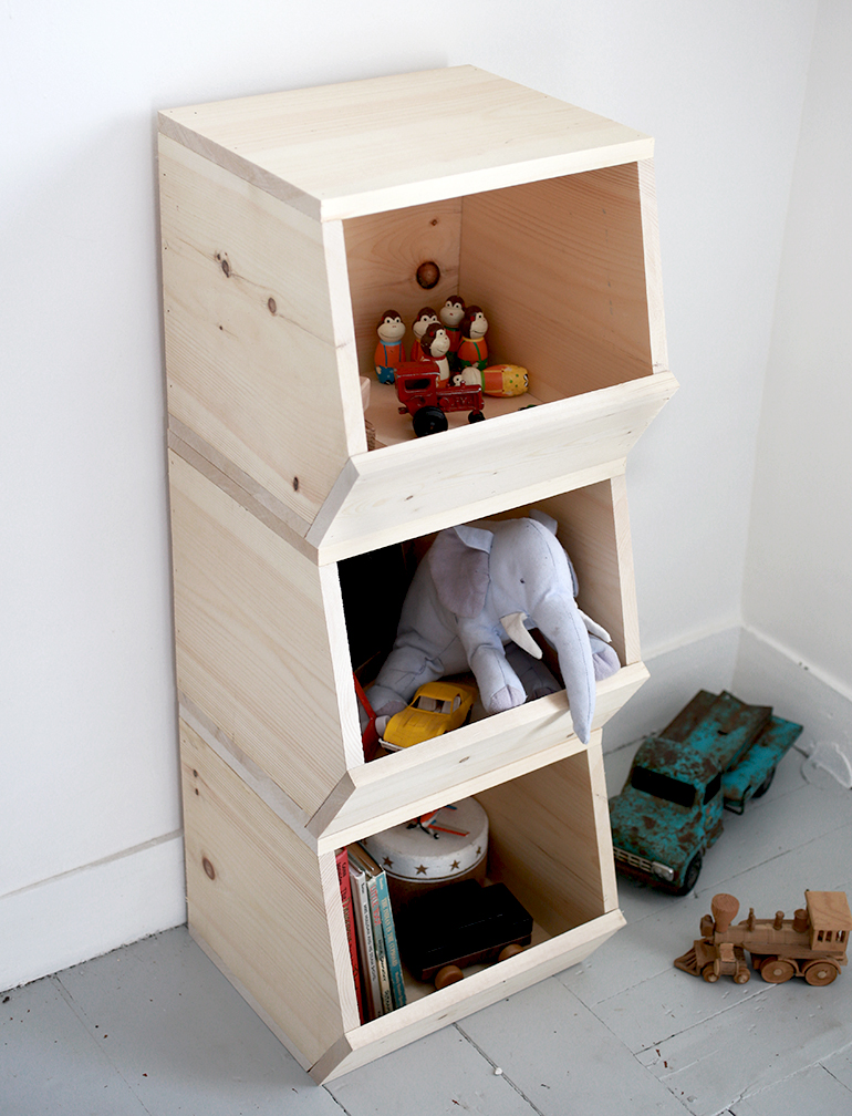 Diy wooden toy bins the merrythought - Etagere de rangement enfant ...
