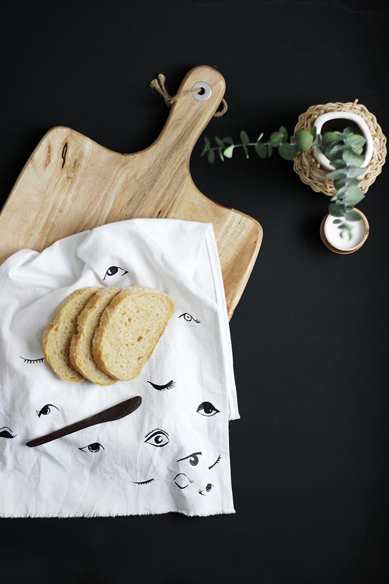 DIY Eye Print Kitchen Towel @themerrythought for @poppytalk