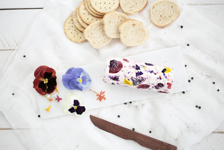 Floral Goat Cheese @themerrythought
