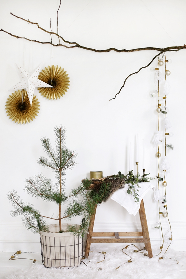 DIY String Lights Garland - The Merrythought