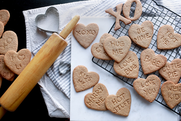 Graham Cracker Conversation Hearts @themerrythought
