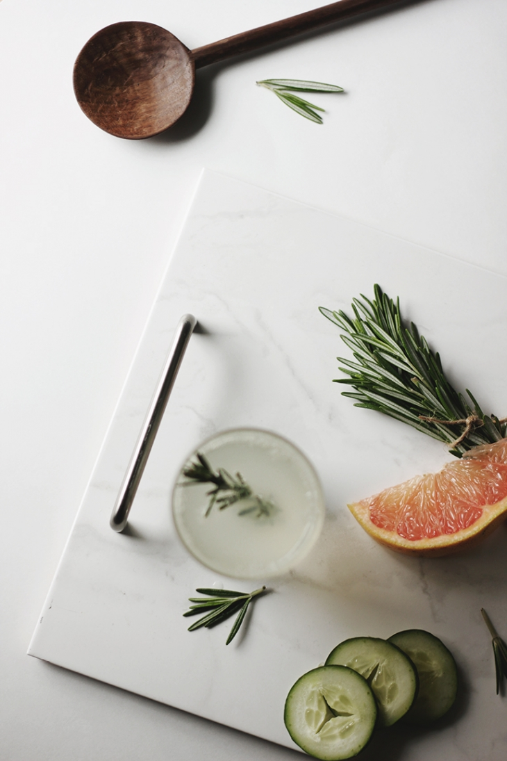 Grapefruit Rosemary Fizz @themerrythought