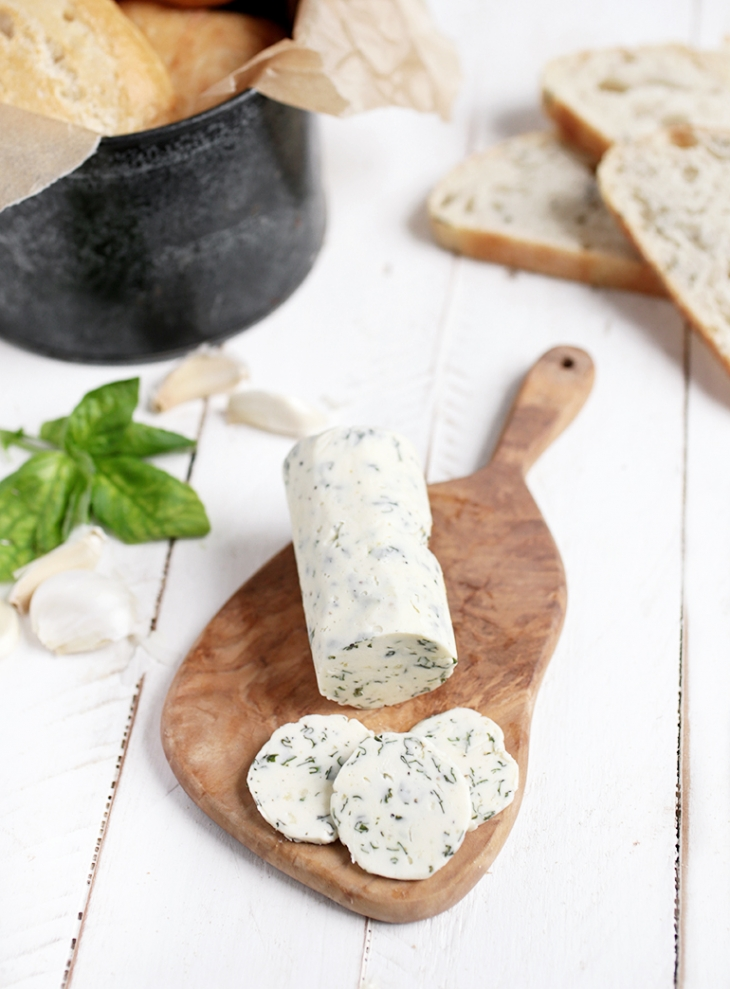 Garlic Basil Herb Compound Butter @themerrythought