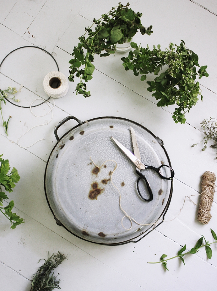 DIY Herb Drying Rack @themerrythought