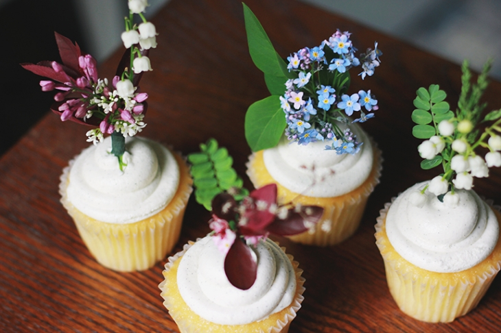 Fresh Flower Cupcake Topper | The Merrythought