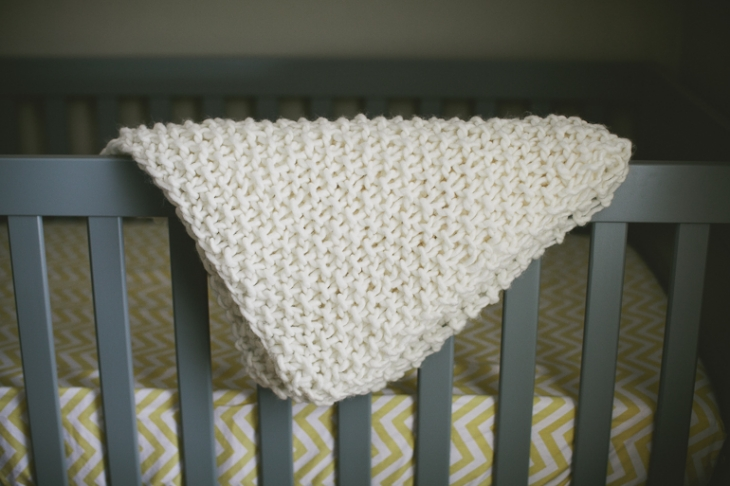 Easy Chunky Knit Baby Blanket // The Merrythought