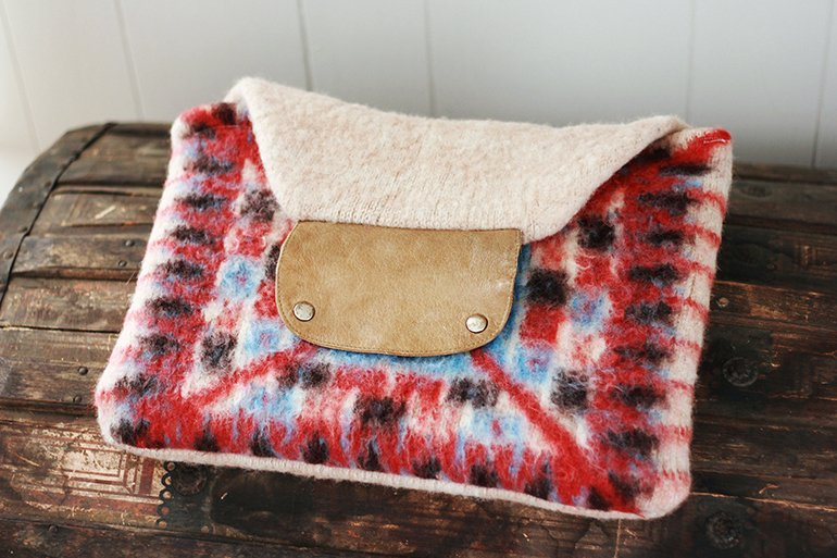 DIY Sweater Macbook Case // The Merrythought